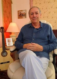Robert Bourne founder of The New Awakening Process with Reiki Healing